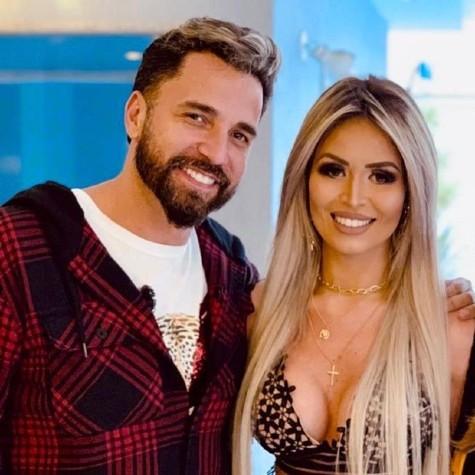 Latino e Rafella Ribeiro