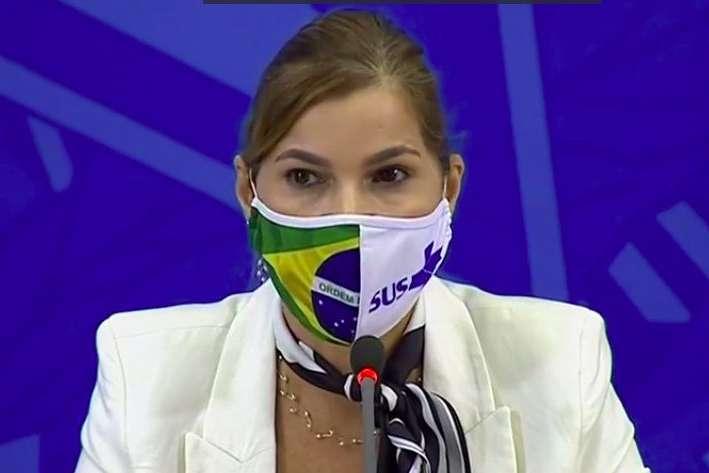 Mayra Pinheiro, secretária de gestão em trabalho em saúde do Ministério da Saúde