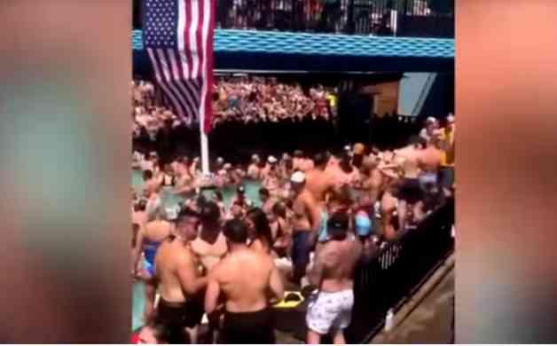 Festa superlotou piscina nos Estados Unidos e gerou críticas