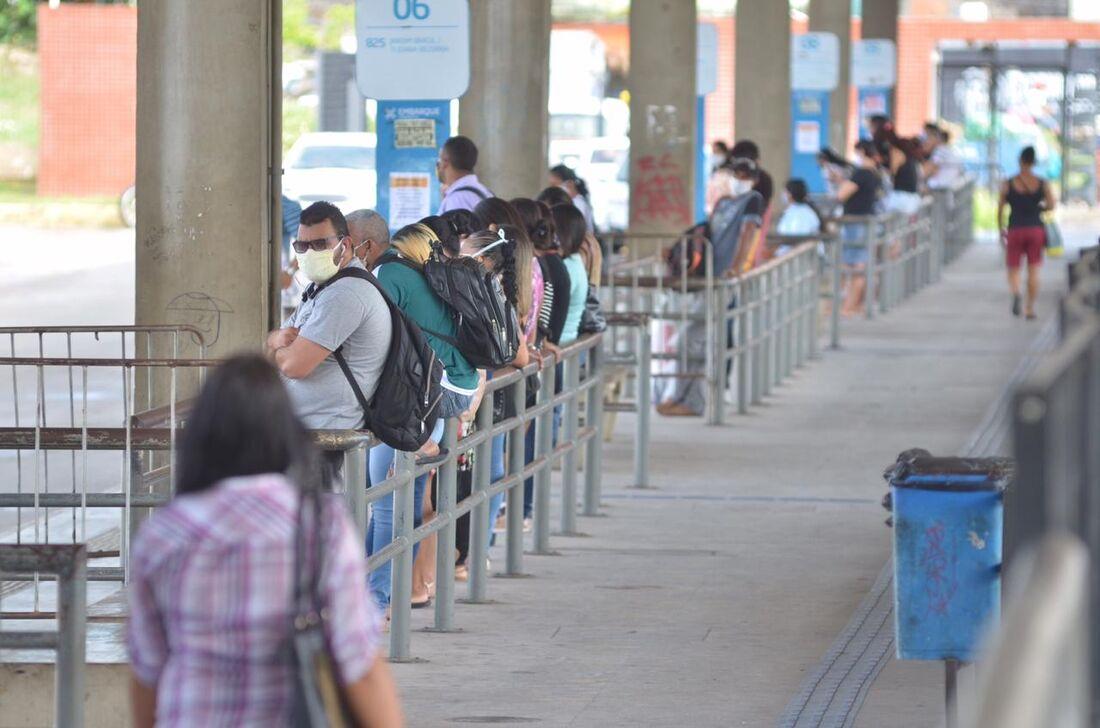 Movimentação de passageiros no TI de Joana Bezerra