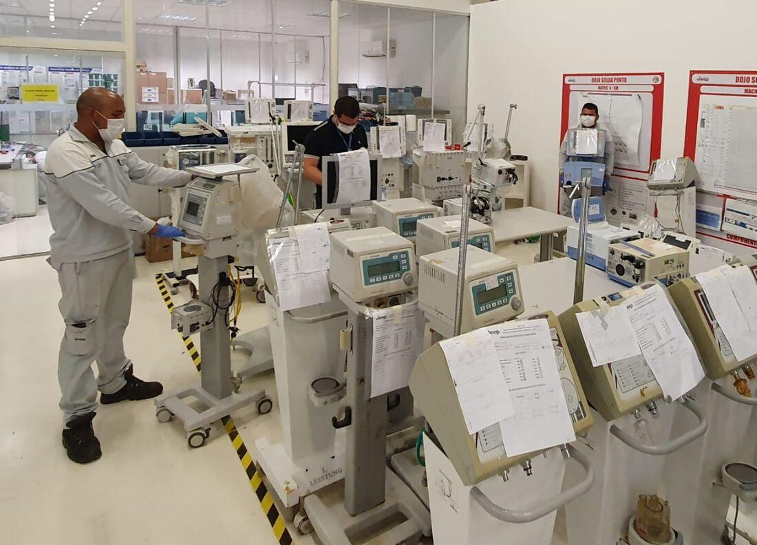 Manutenção de respiradores está sendo feita em parceria pelas duas instituições