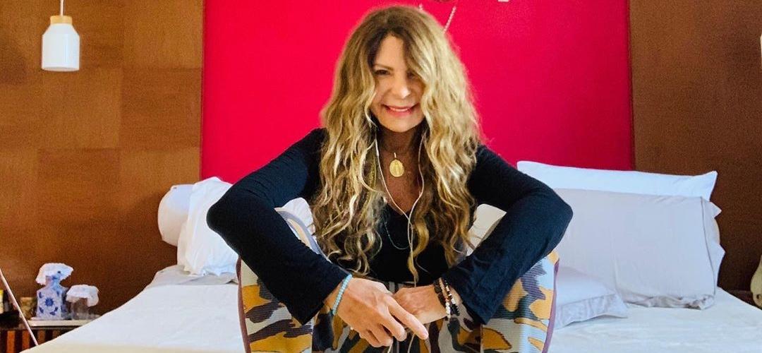 Elba Ramalho foi diagnosticada com Covid-19