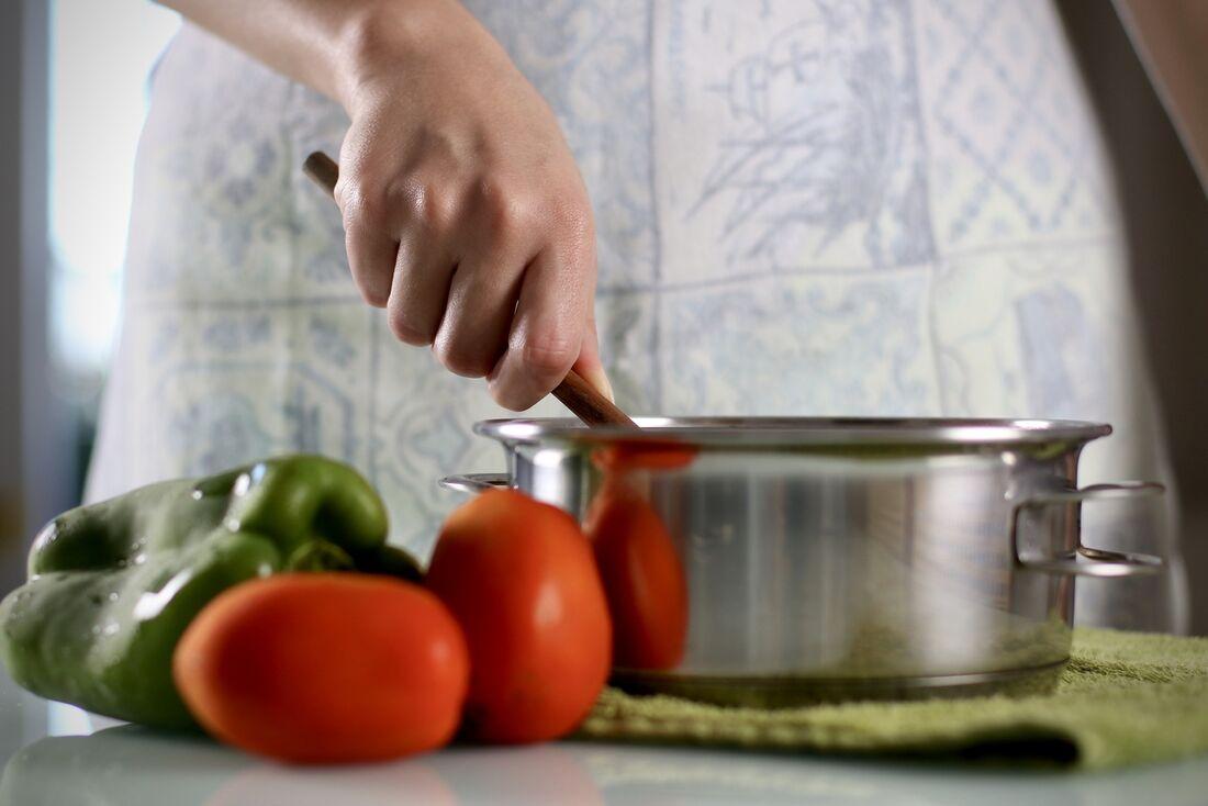 Toque sofisticado é atrativo no home (ou personal) chef