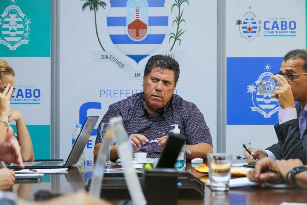 Revogação foi discutida em reunião do prefeito Lula Cabral com representantes