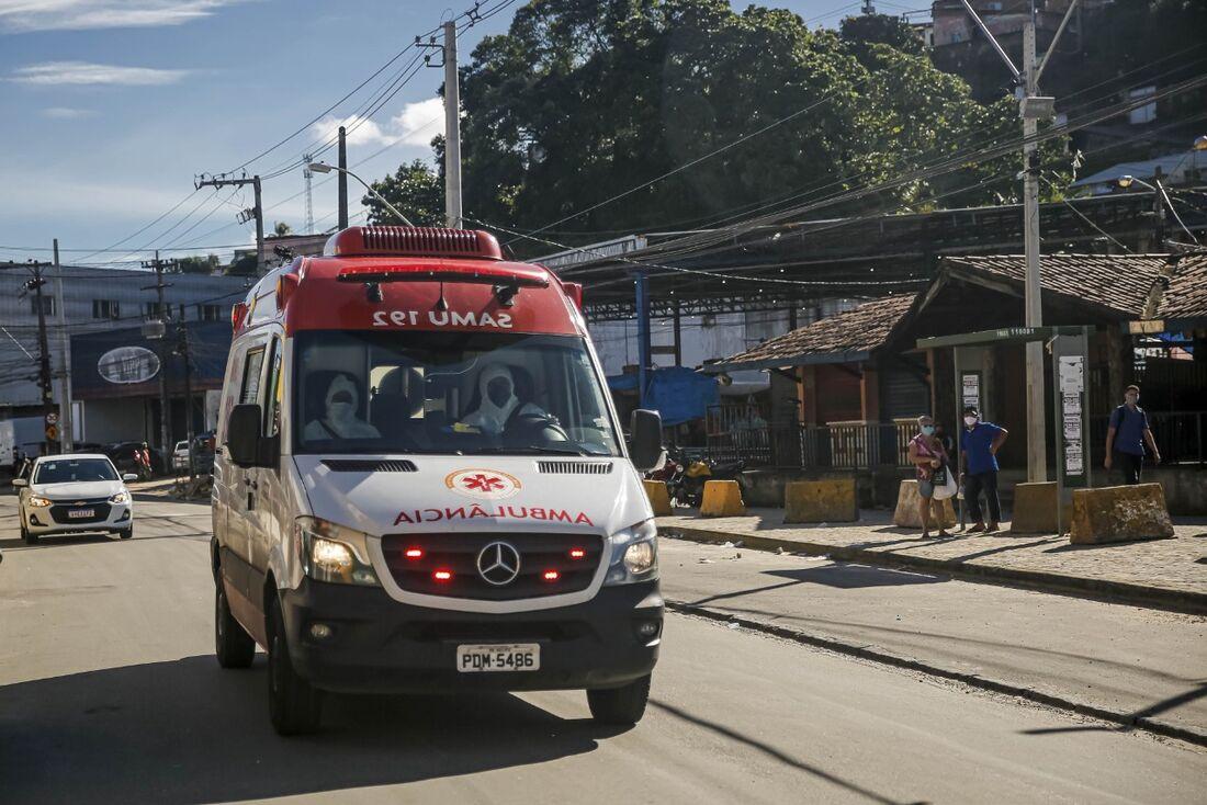 Ambulância do Samu do Recife