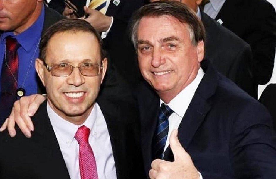 Carlos Wizard ao lado do presidente Jair Bolsonaro