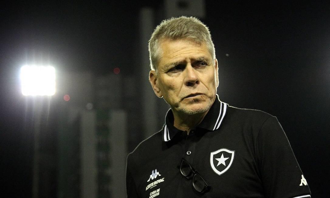 Paulo Autuori, treinador do Botafogo