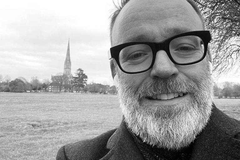 O escritor britânico Mark Dawson