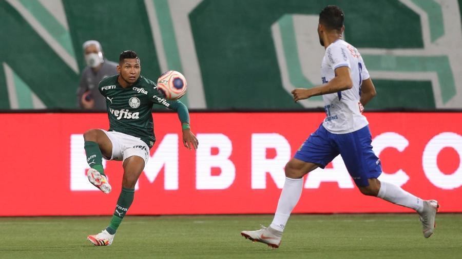 Rony, atacante do Palmeiras