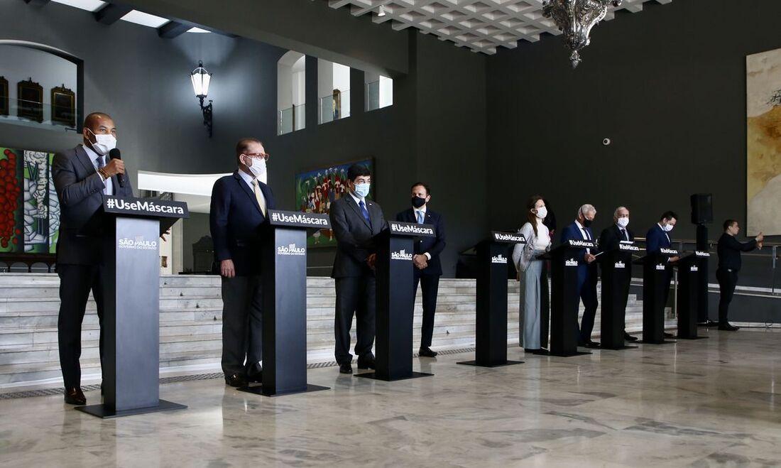Coletiva do Centro de Contingência da Covid-19 em São Paulo