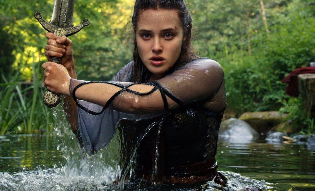 """Filme """"Cursed - A lenda do lago"""" é um dos destaques do mês na Netflix"""