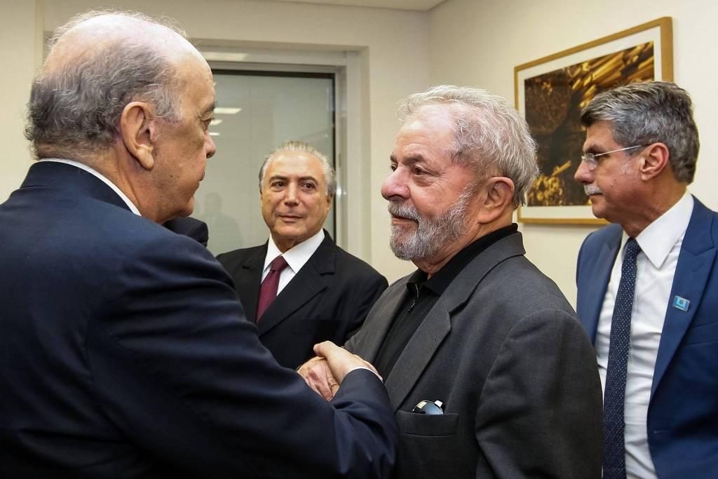 O senador José Serra (PSDB), os ex-presidentes Michel Temer (MDB) e Lula (PT) e o ex-senador Romero Jucá (MDB-RR)