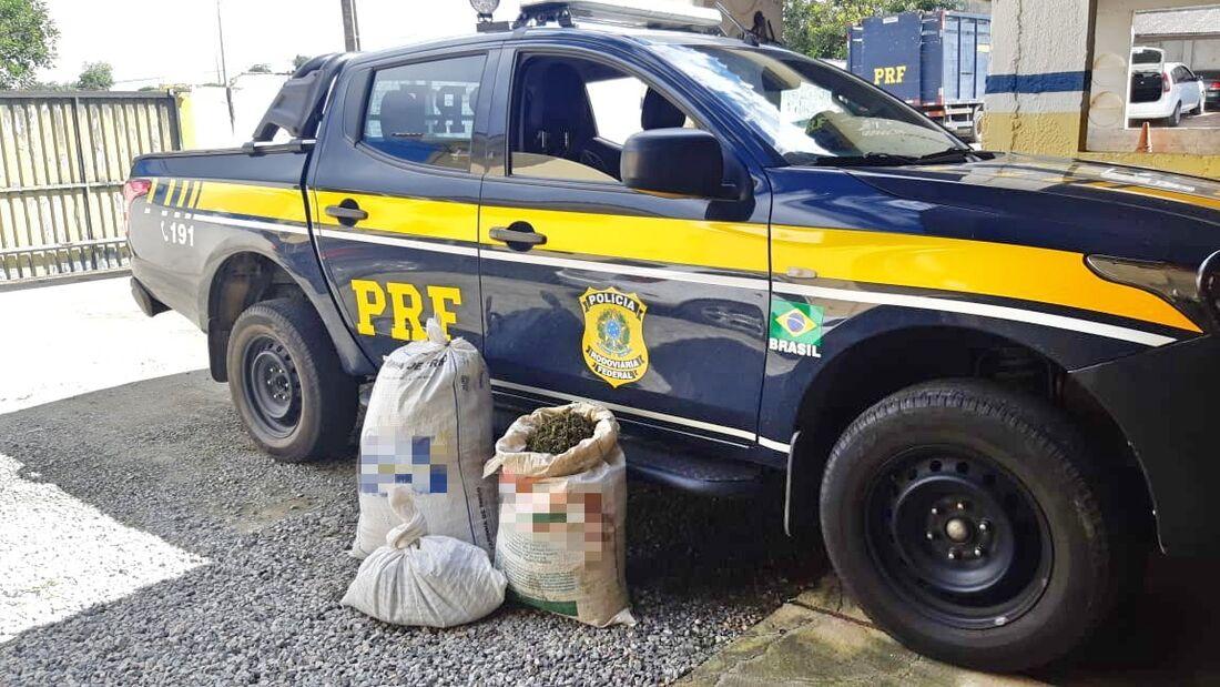 Grupo disse que havia sido contratado para transportar a droga até o Recife