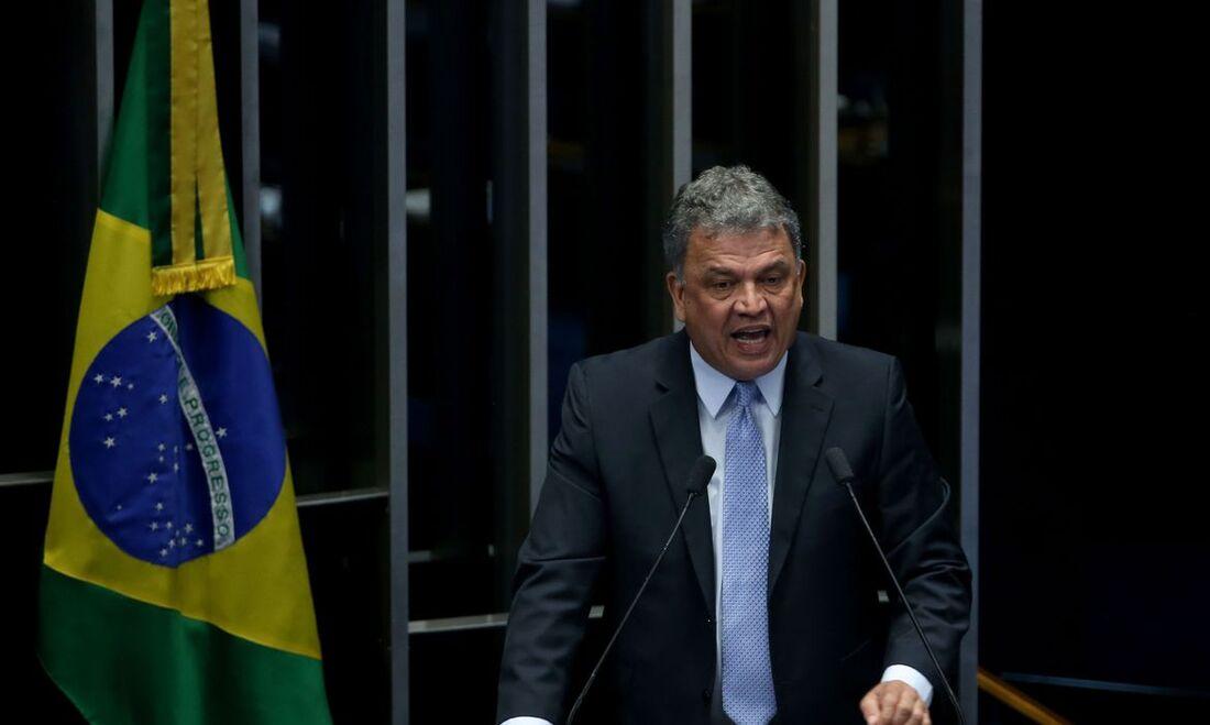Senador Sérgio Petecão, do Acre