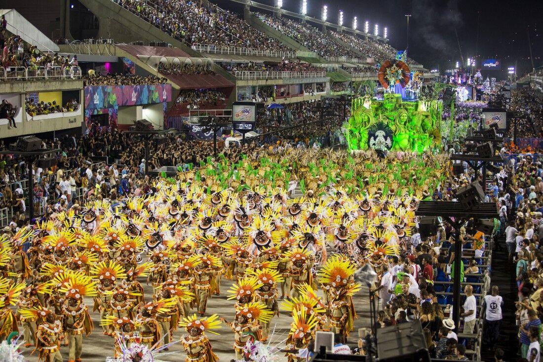 Desfile das escolas de samba do RJ