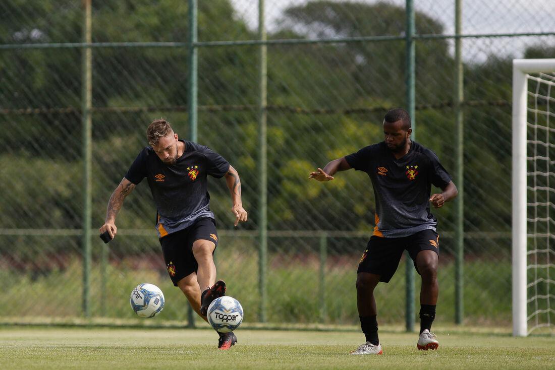 Jogadores do Sport sofrem com os atrasos salariais