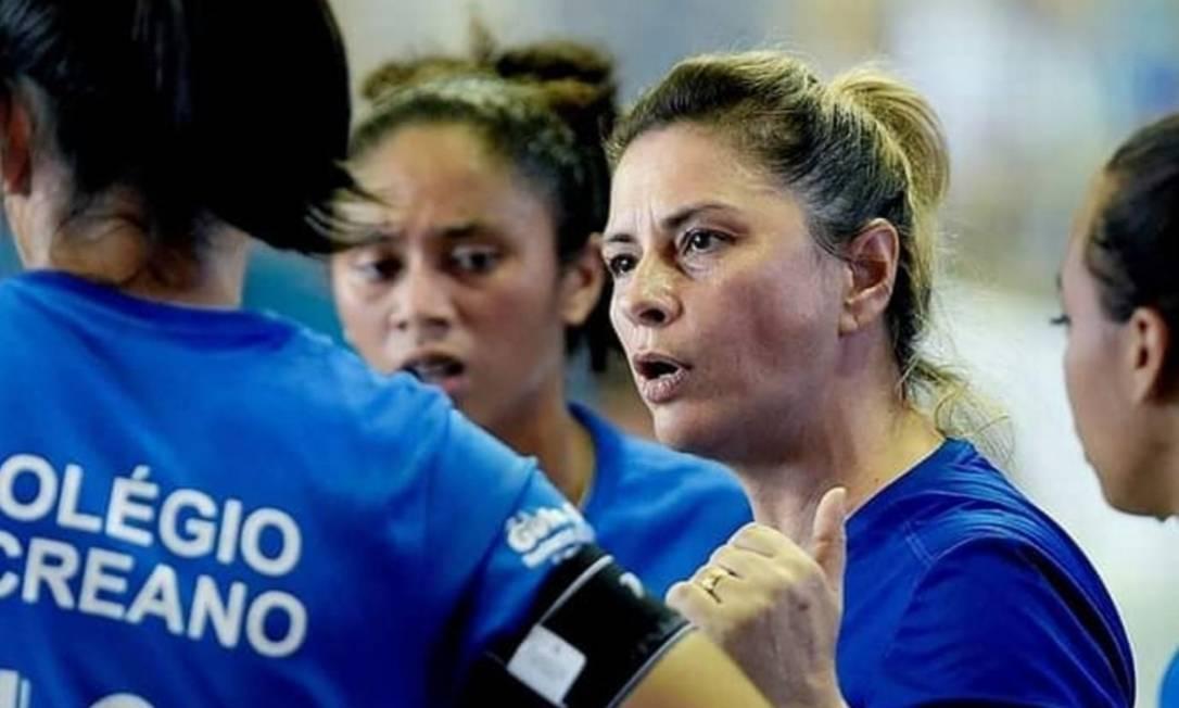 Rose Costa, ex-técnica da equipe feminina do Rio Branco, pediu demissão
