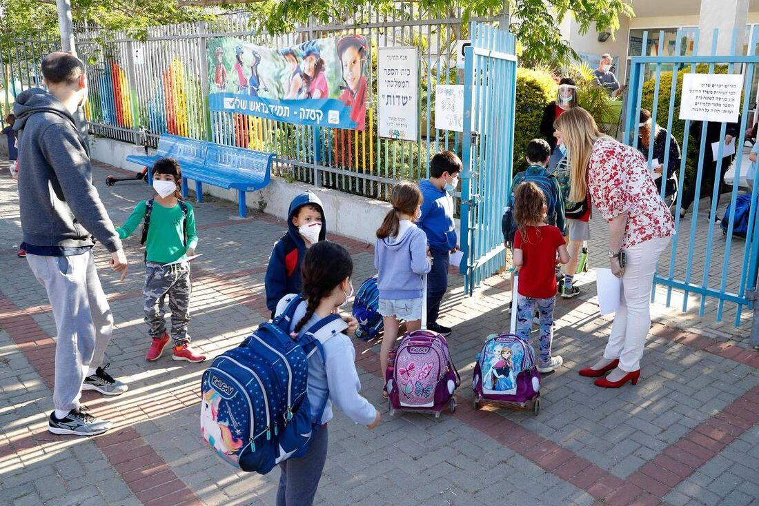 Volta às aulas em escolas de Israel