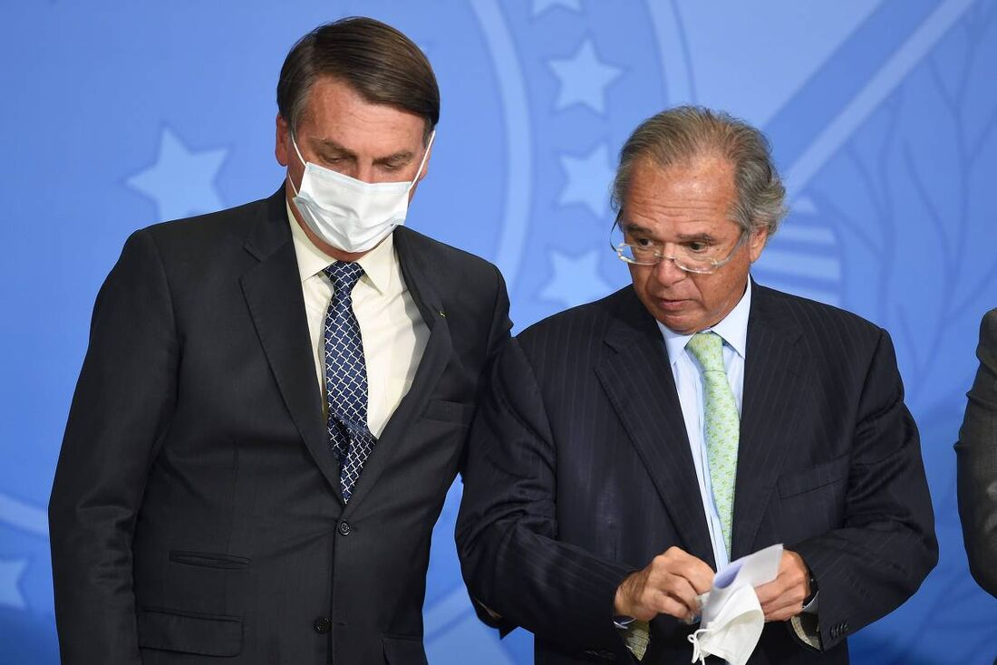 Jair Bolsonaro (sem partido) e Paulo Guedes