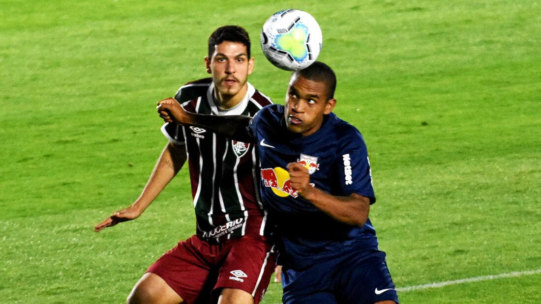 Lance de RB Bragantino 2x1 Fluminense, nesta quarta-feira (19)