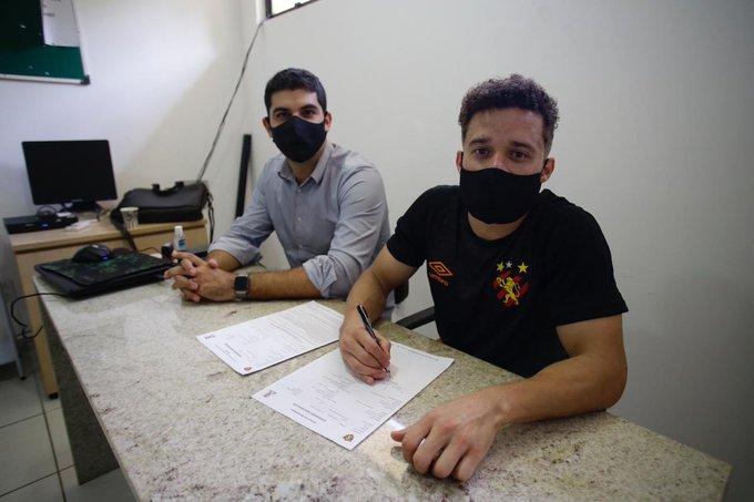 Lucas Venuto, novo atacante do Sport