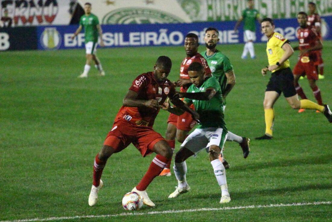 Rafael Ribeiro, zagueiro do Náutico