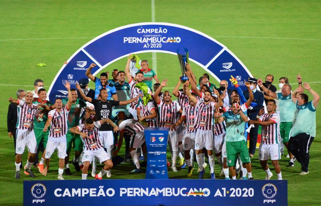 Salgueiro, campeão Pernambucano 2020