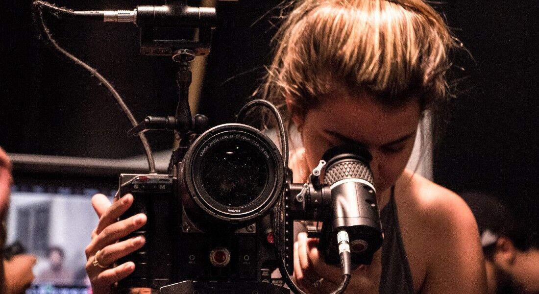 Projeto oferece bolsas em cursos de audiovisual
