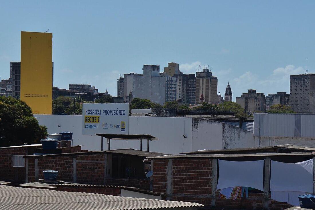 Hospital Provisório Recife 2, nos Coelhos, já não recebe mais novos pacientes. Redução sustentada da ocupação de leitos permitirá a desativação.