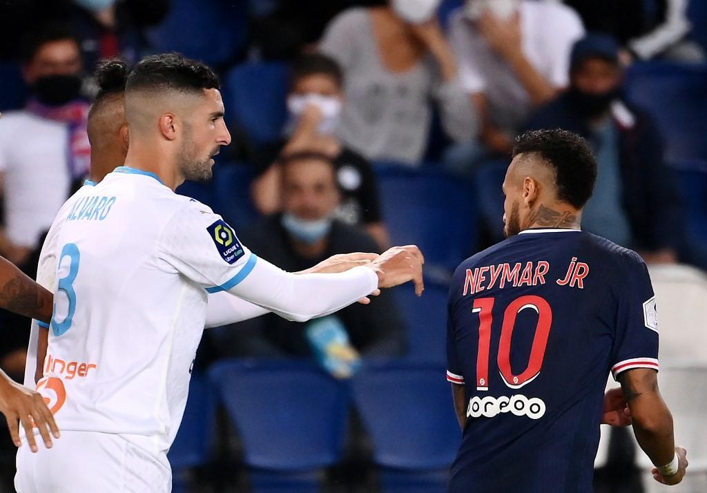 Neymar relatou ofensas racistas do jogador argentino Alvaro Gonzales