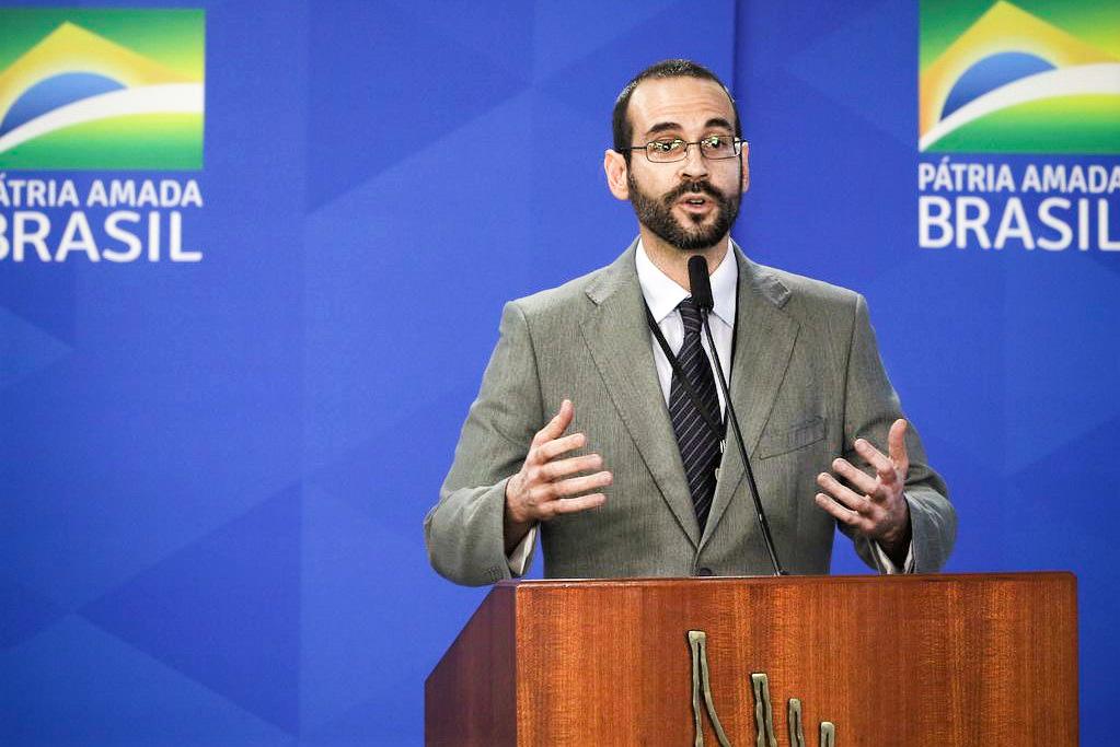 Arthur Weintraub deixou o governo para assumir cargo na OEA
