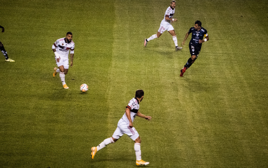 Em péssima atuação, Flamengo é derrotado por 5 a 0 pelo Independiente de Valle, na Libertadores