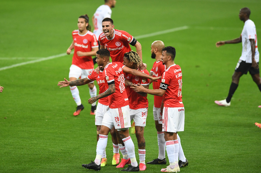 Internacional bateu o América de Cali por 4 a 3, pela Libertadores