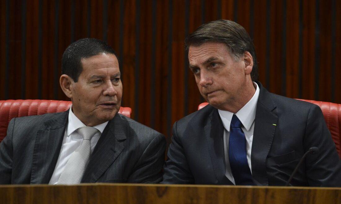 Jair Bolsonaro e o vice Hamilton Mourão