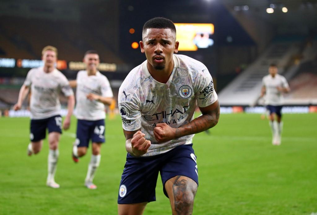 Gabriel Jesus marcou o terceiro gol do City na partida