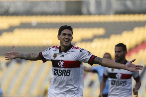 Pedro abriu o placar para Flamengo contra o Barcelona, do Equador