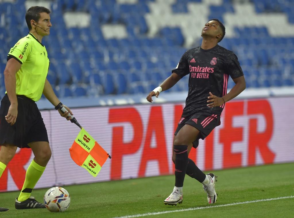 Rodrygo foi titular na partida deste domingo