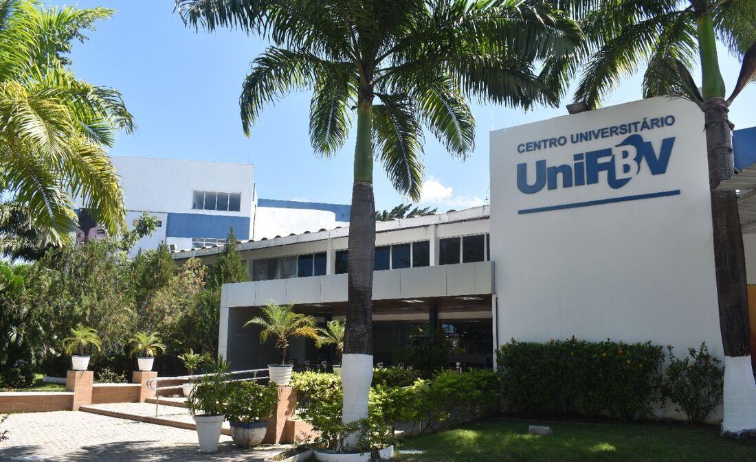 A UniFBV faz parte do grupo educacional Yduqs