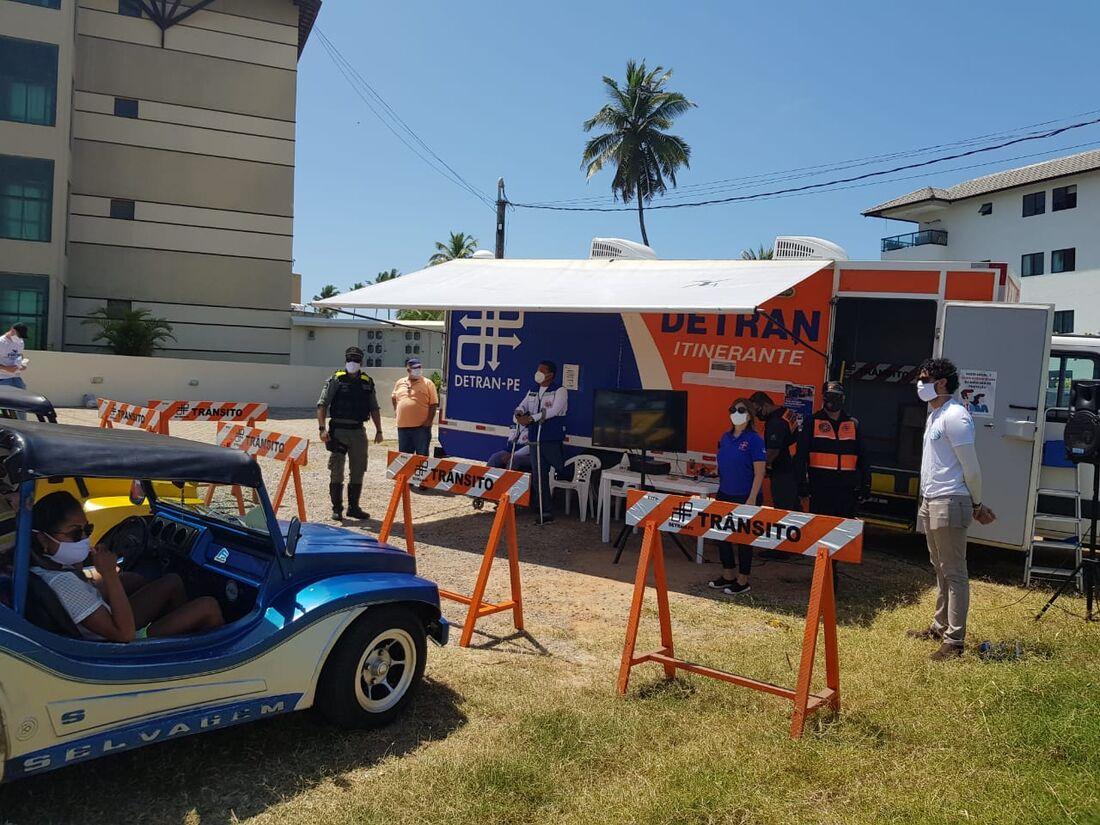 Detran-PE realiza ação em Porto de Galinhas
