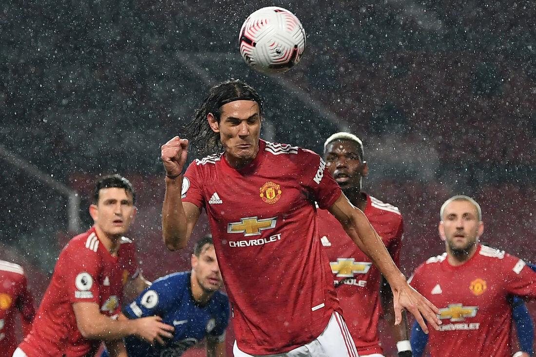 Cavani em sua estreia na Premier League