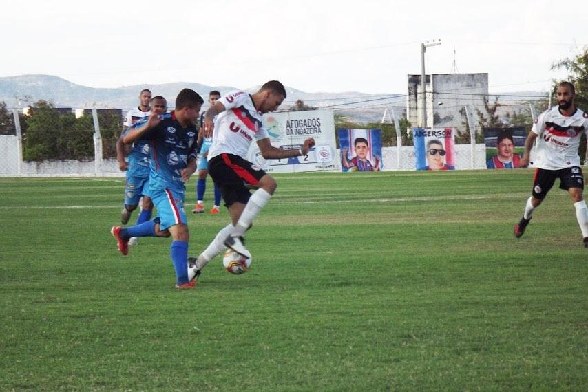 Afogados e Guarany se enfrentaram no estádio Vianão, nesta quinta-feira