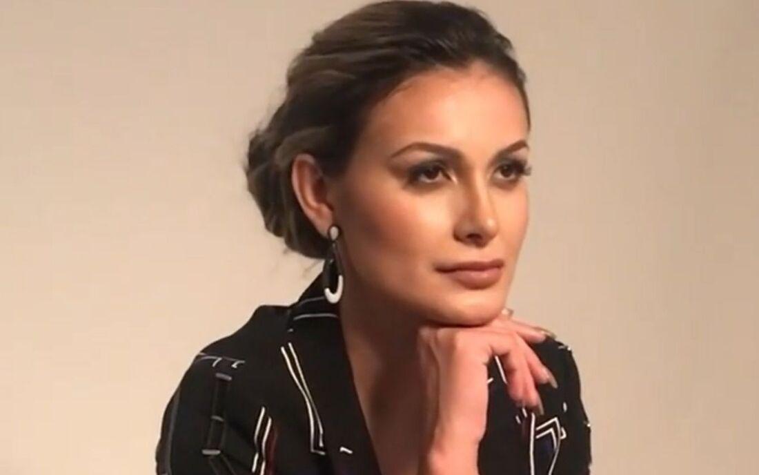 Andressa Urach, 33