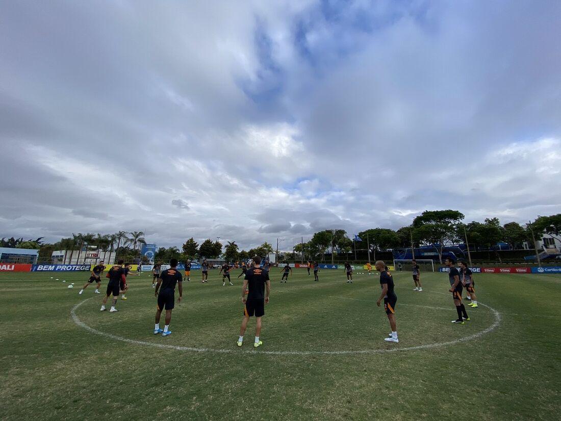 Preparação do Sport em Belo Horizonte, na Toca da Raposa, CT do Cruzeiro