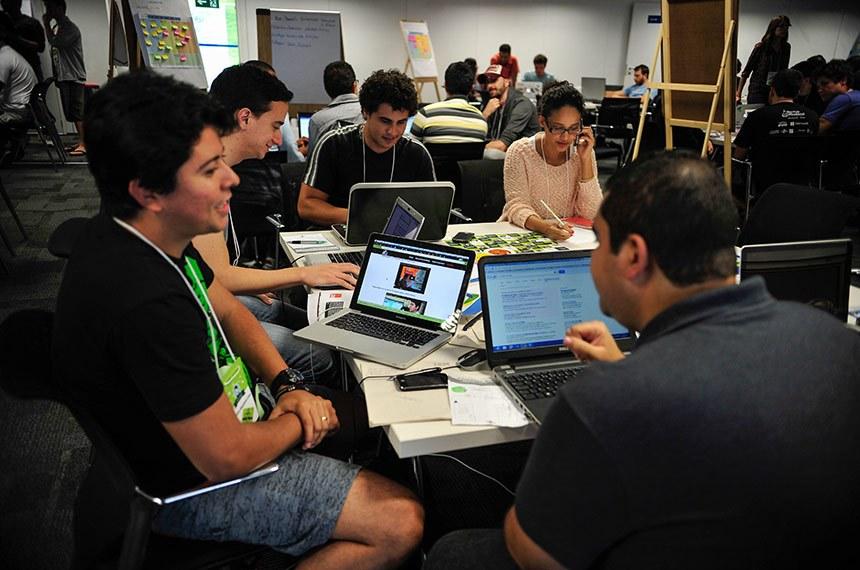 Startup Weekend Brasília, evento promovido pelo Sebrae: startups são empresas nascentes ou em operação recente voltadas à aplicação de métodos inovadores