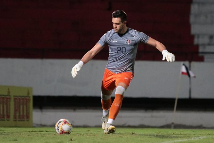 Luiz Fernando, goleiro do Santa Cruz