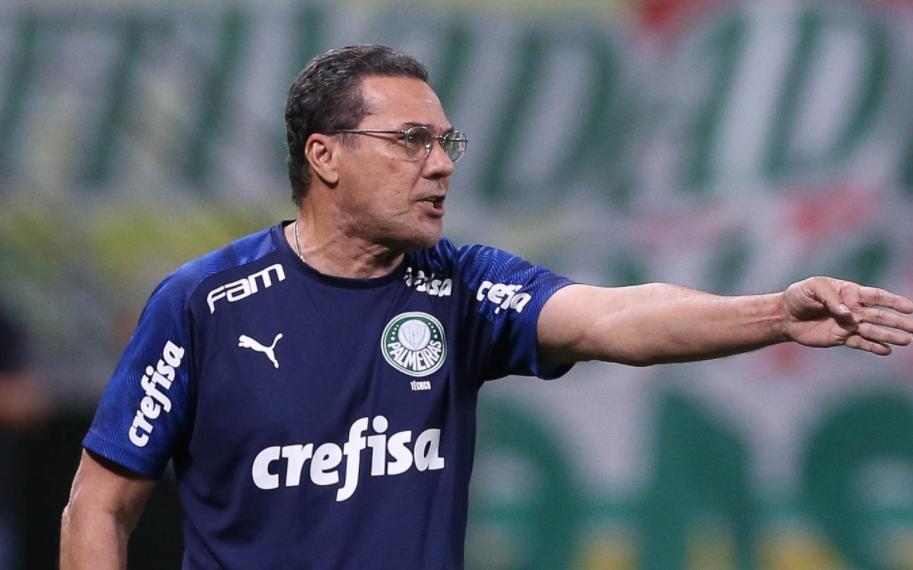 Luxemburgo não é mais o técnico do Palmeiras