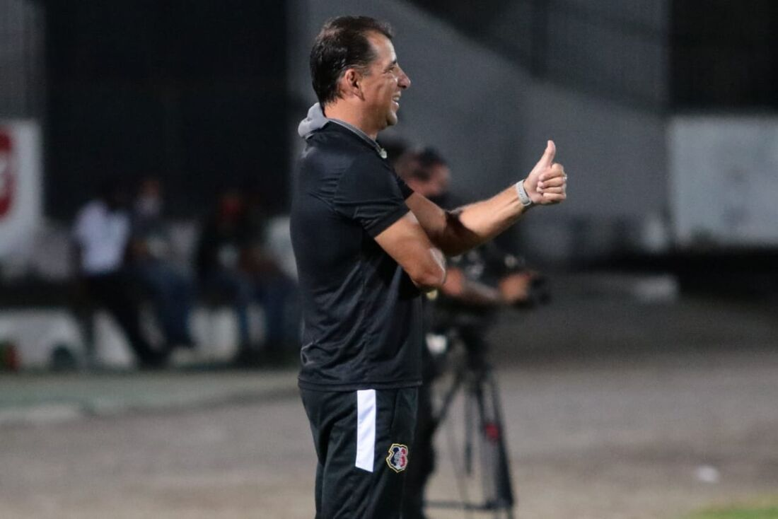 Marcelo Martellote, técnico do Santa Cruz
