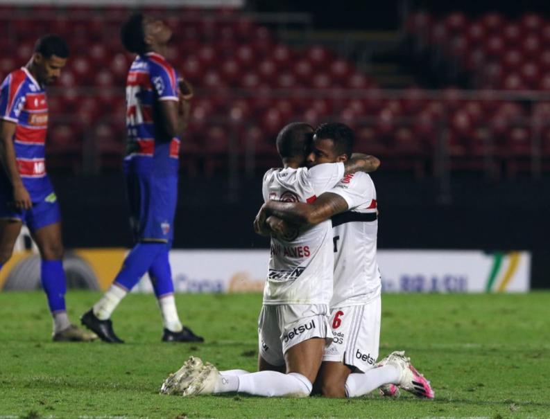 Fortaleza cai por 10 a 9 nos pênaltis para o São Paulo e se despede da Copa do Brasil