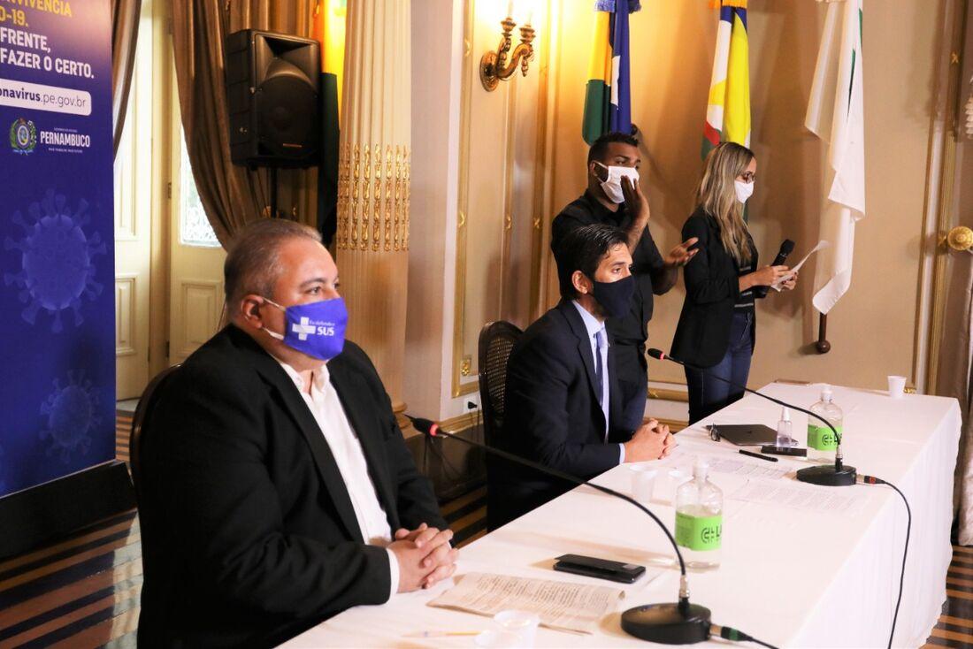 Coletiva do Governo do Estado de Pernambuco com André Longo e Bruno Schwambach