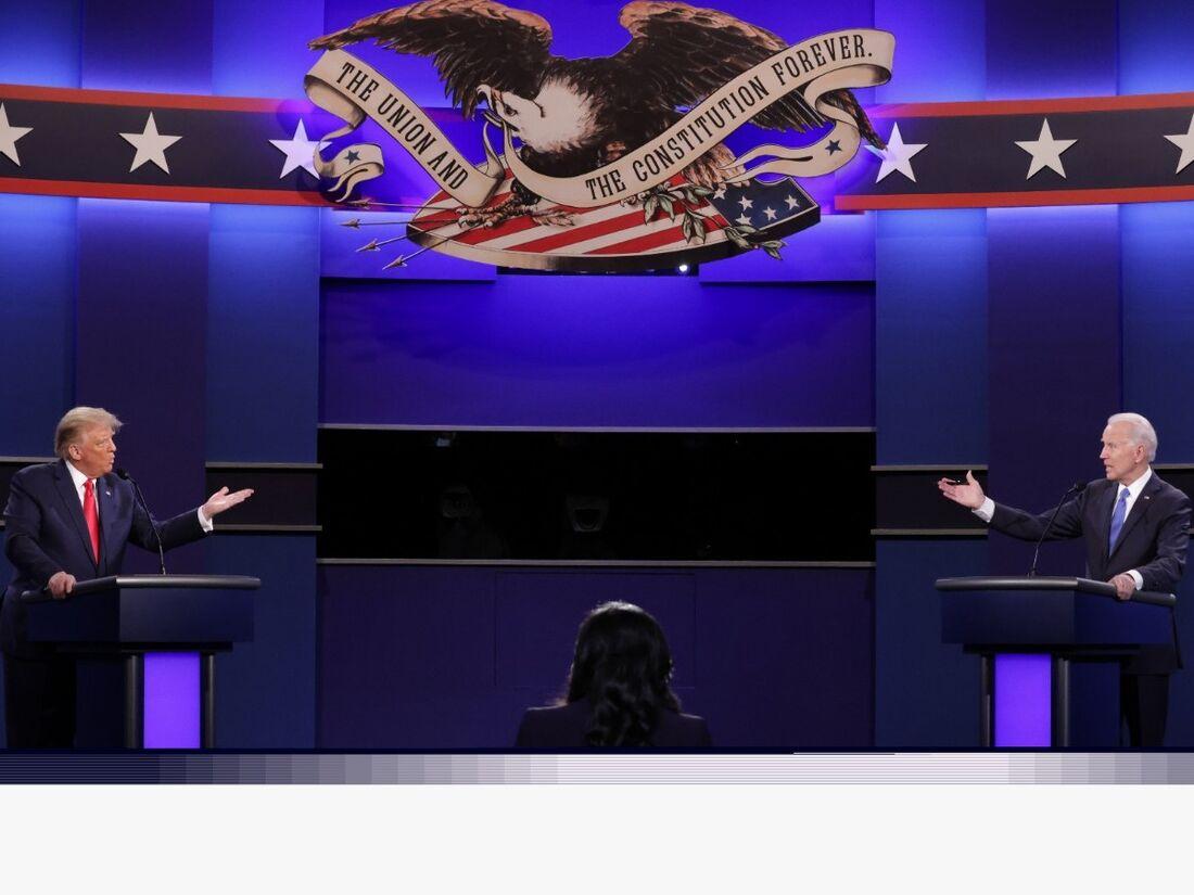 Donald Trump (à esquerda) em debate com Joe Biden